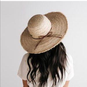 Gigi Pip Addie hat